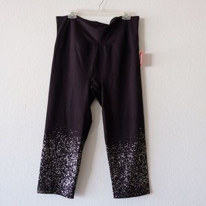 New Spanx Cropped Leggings Size 2x